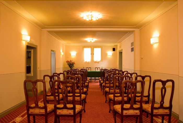 www.hotelvillacarlotta.it - Meeting Room